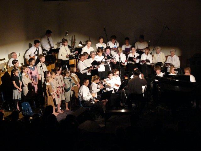 Choir and musicians