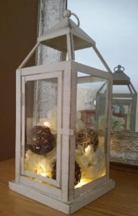 Lantern with Spheres and Glimmer Lights.jpg
