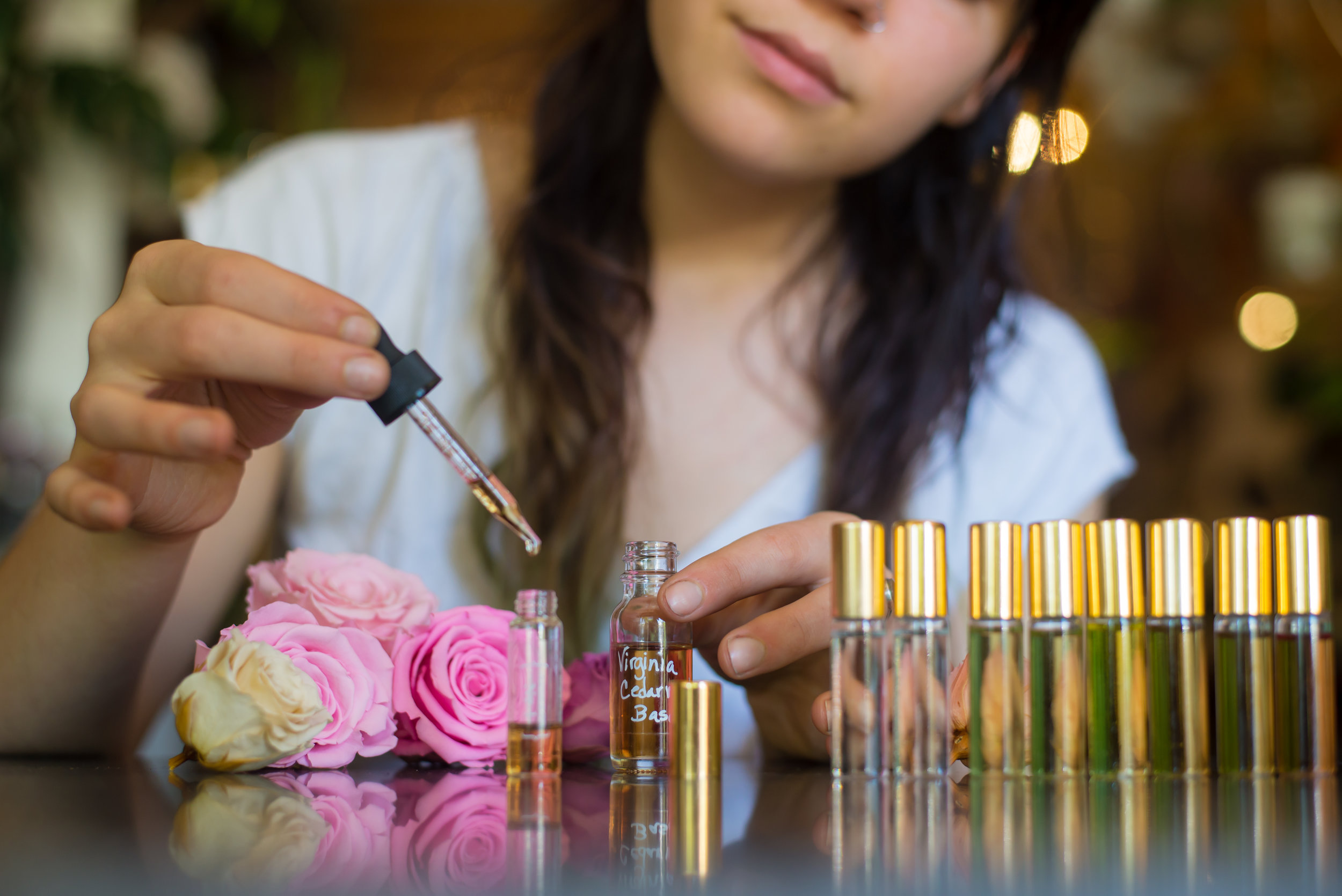 BOTANICAL PERFUMES   Take a journey through scent! Get ready to concoct with your imagination...  We will sit you at our Botanical Library with a specially designed kit of natural essences. You will encounter scents of tobacco and rose, leather and jasmine, blood orange and cognac! We host your experience while our perfume booklet works to guide you through the creative process. All you need is included at our Essence Bar.