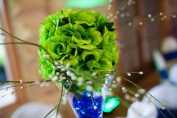Dallas green roseball centrepiece.jpg