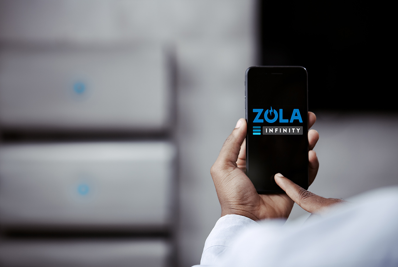 ZOLA-Electric-INFINITY-Africa-Nigeria-Lagos-Urban-Cutomer-using-App_KST1037.jpg