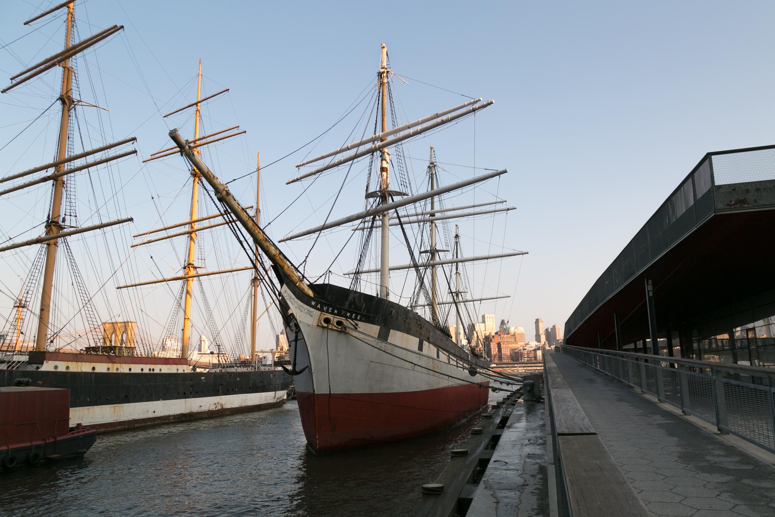 6_Pier - Ships.jpg