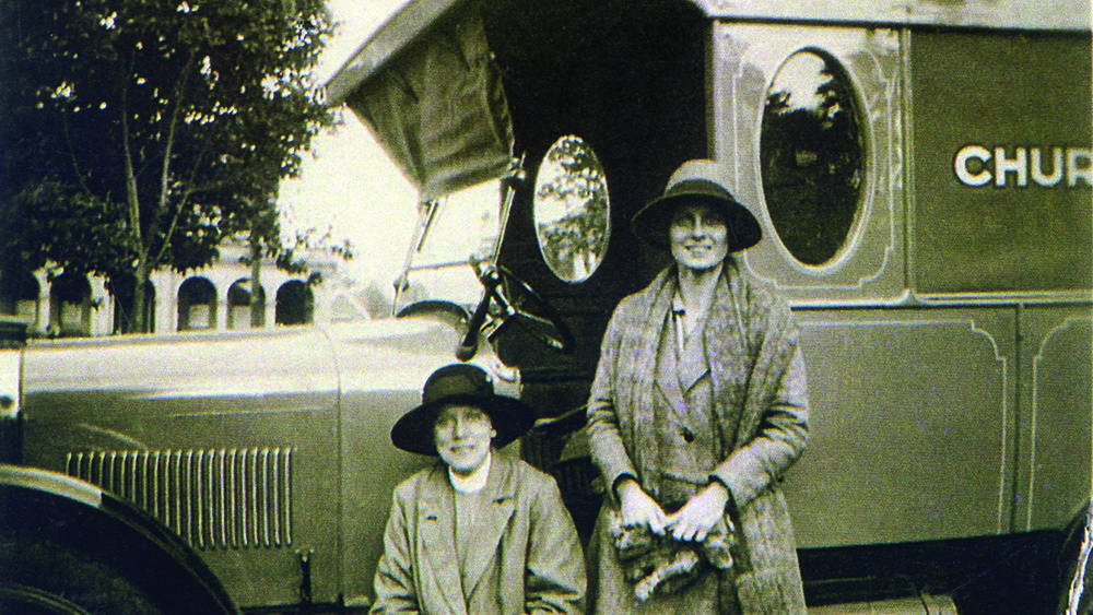 Wilcannia-1926-The-first-BCA-Ladies-Van-Madeline-on-the-right-1000x563.jpg