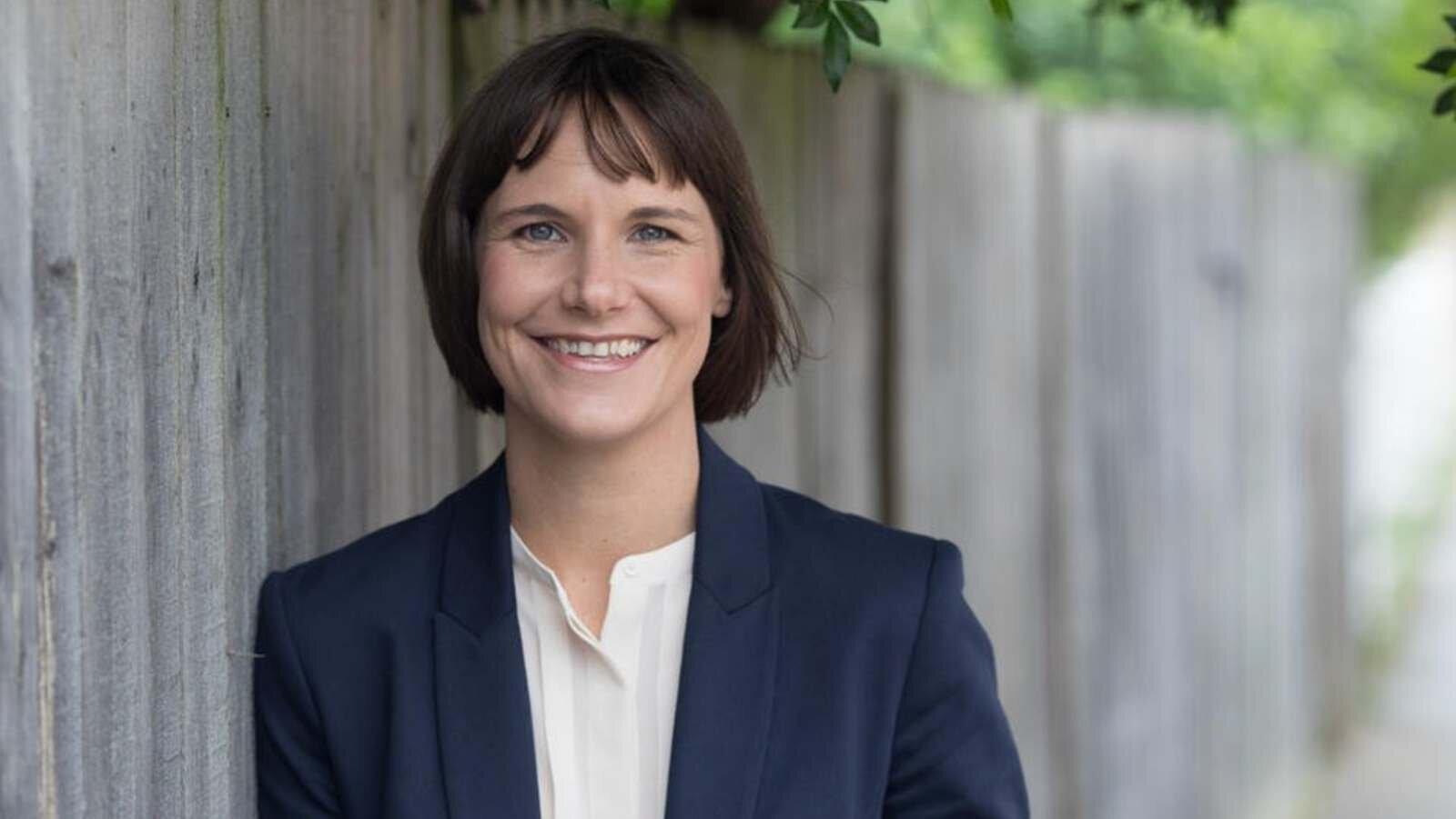 """""""Groundbreaking"""" winner at NSW Premier's history awards      Sydney Morning Herald    30 August, 2019  Meredith Lake, 2017 ADM Senior Research Fellow, has won the NSW Premier's Australian History Prize."""