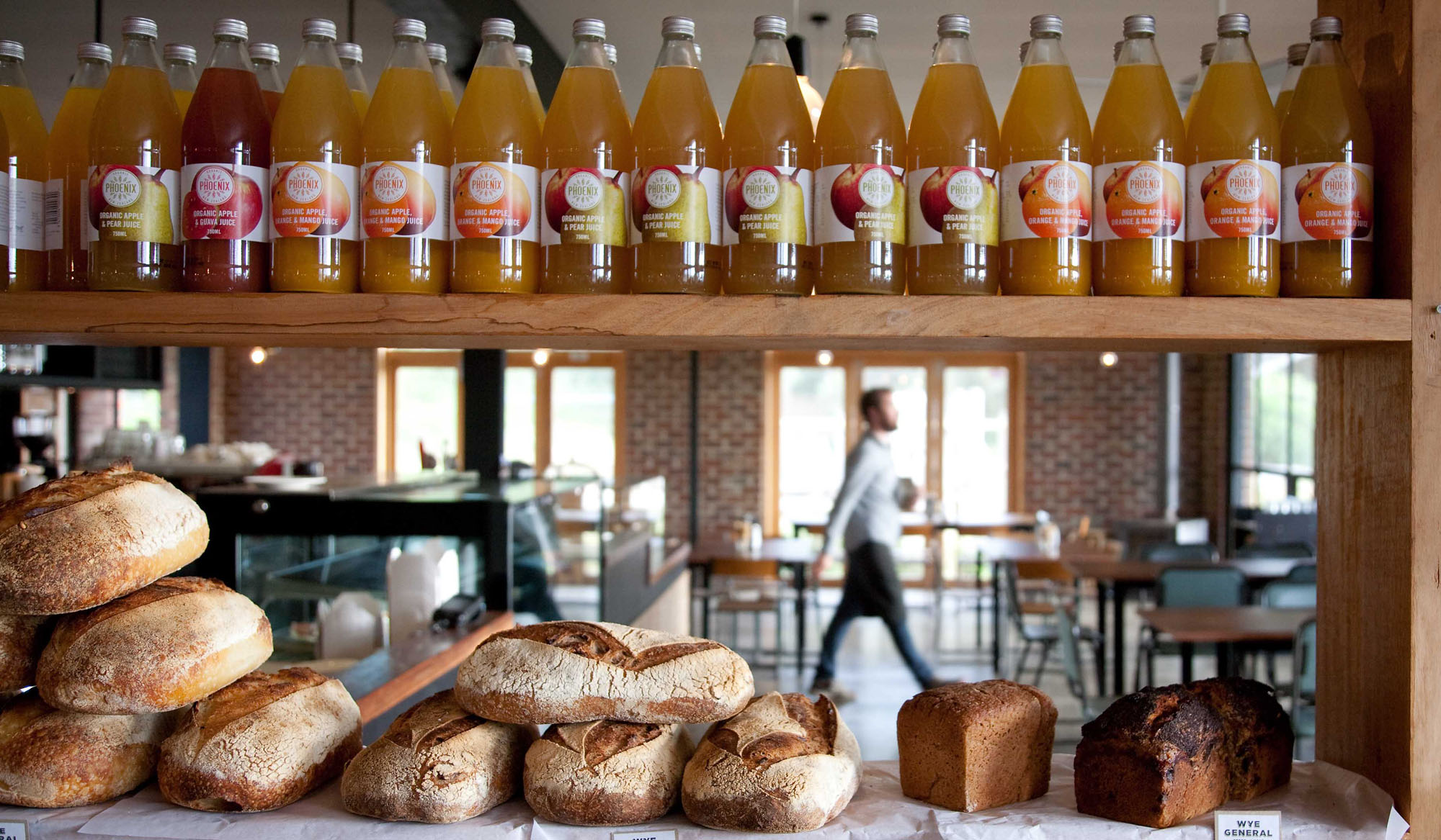 <a href=/5hh_wye-river>Wye River Cafe & General Store<strong>Wye River</strong></a>