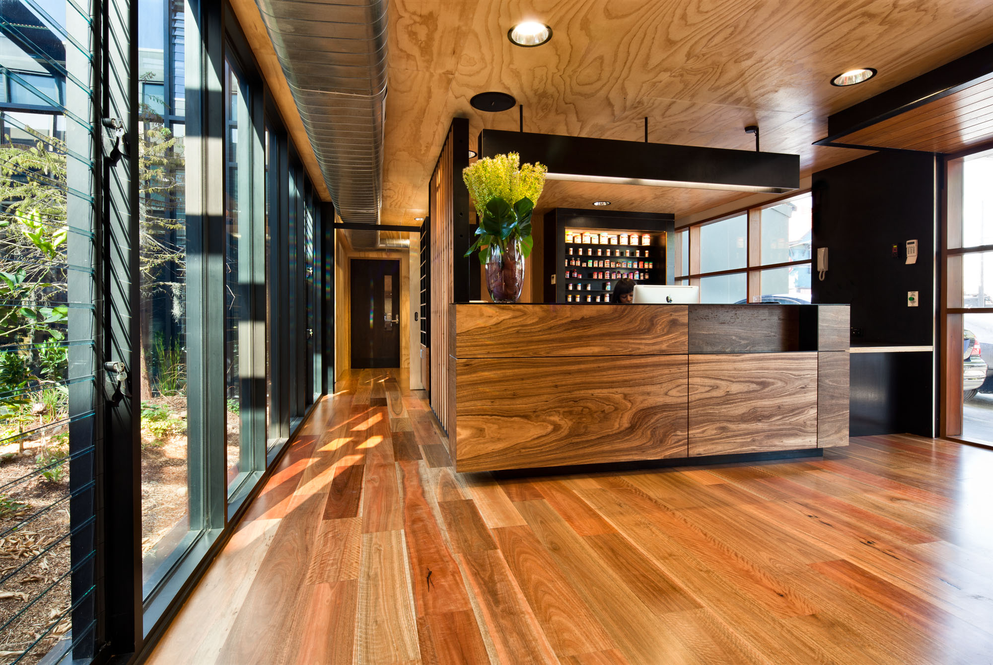 <a href=/swisse-victorian-headquarters-gipps-st>Swisse Victorian Headquarters<strong>Gipps St, Collingwood</strong></a>