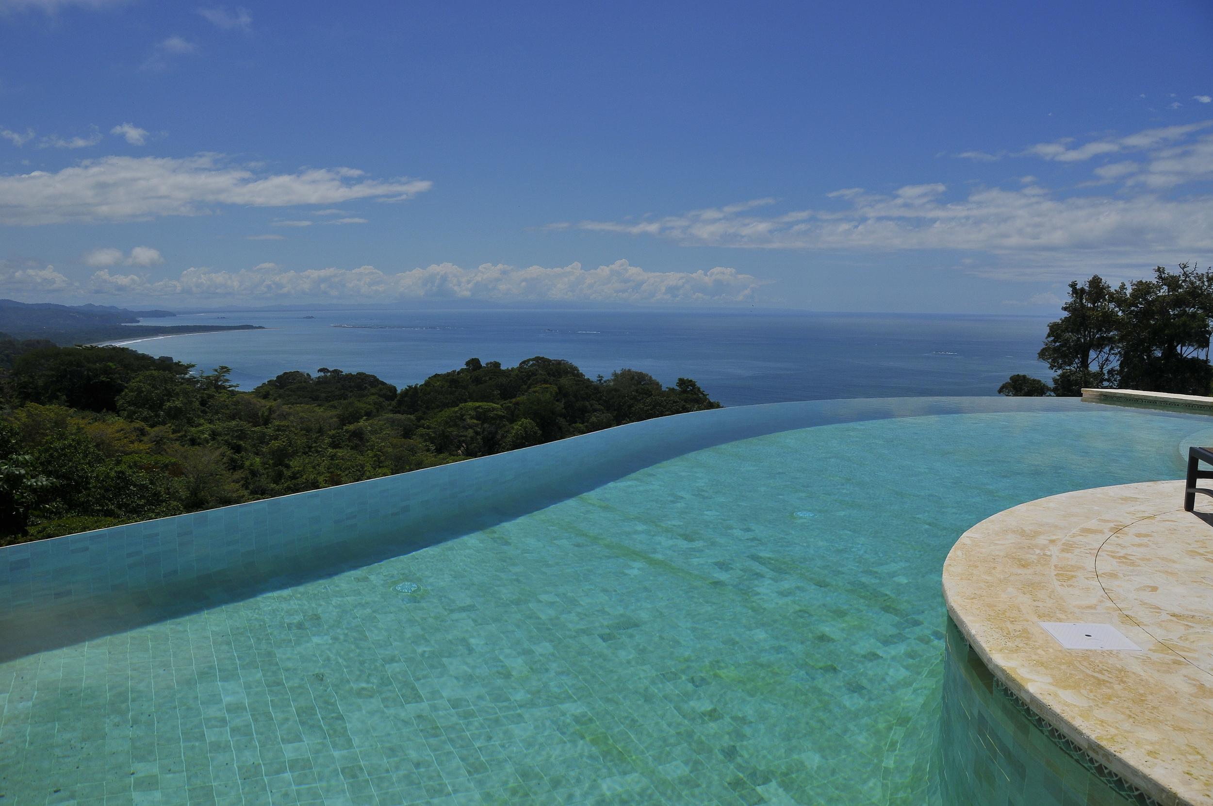 flex5-yoga-retreat-costa-rica-villa-infinity-pool-day-ocean.jpg