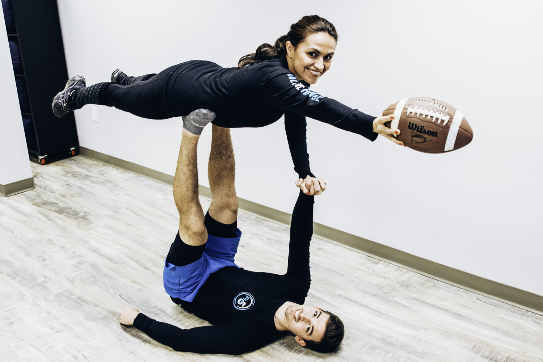 flex5-charlotte-fitness-wellness-panthers-keep-pounding-yoga-flying-victoria-brian.jpg