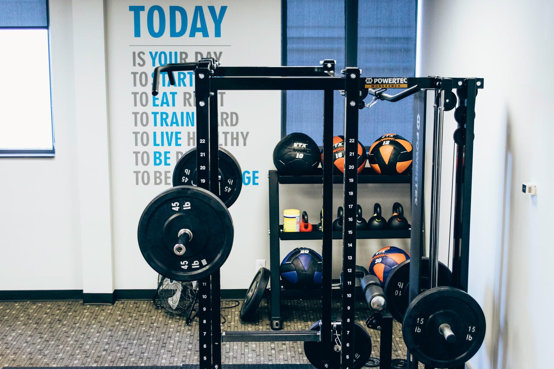 flex5-fitness-personal-training-new-squat-rack-side-view.jpg