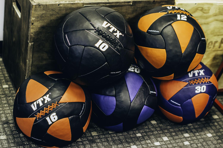 flex5-fitness-personal-training-new-set-of-medicine-balls.jpg