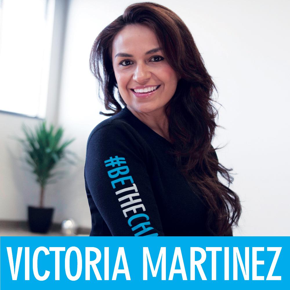 flex5-victoria-martinez-yoga-instructor-personal-trainer-ayurveda-coach-charlotte.jpg