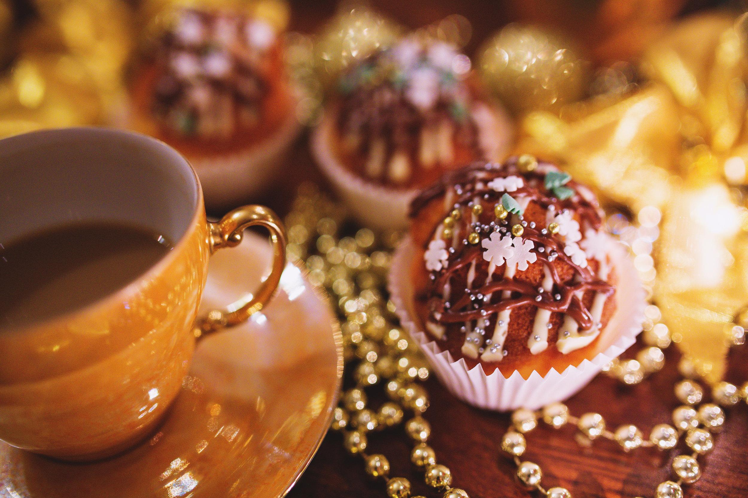 December Holiday Royal Tea