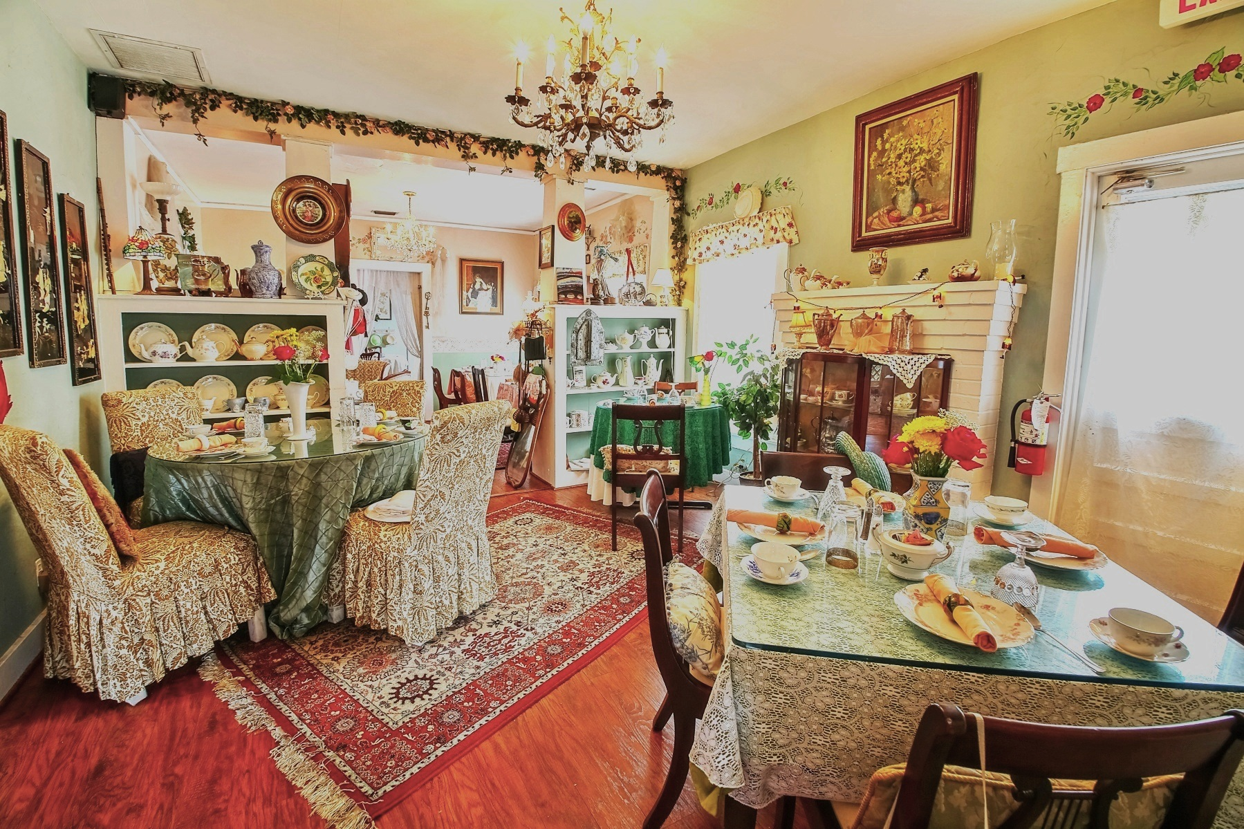 Serenity Tea House Cafe