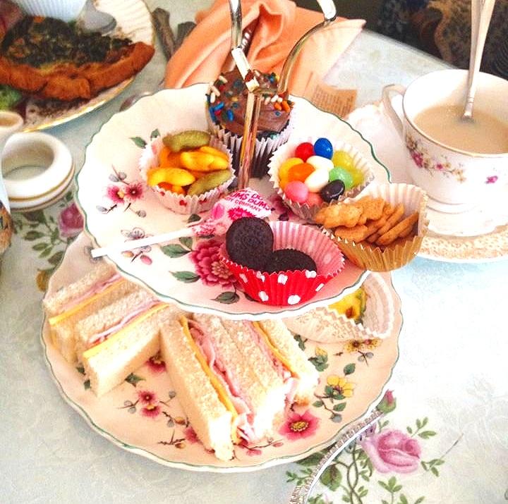 Tot Tea for our Princess & Prince's