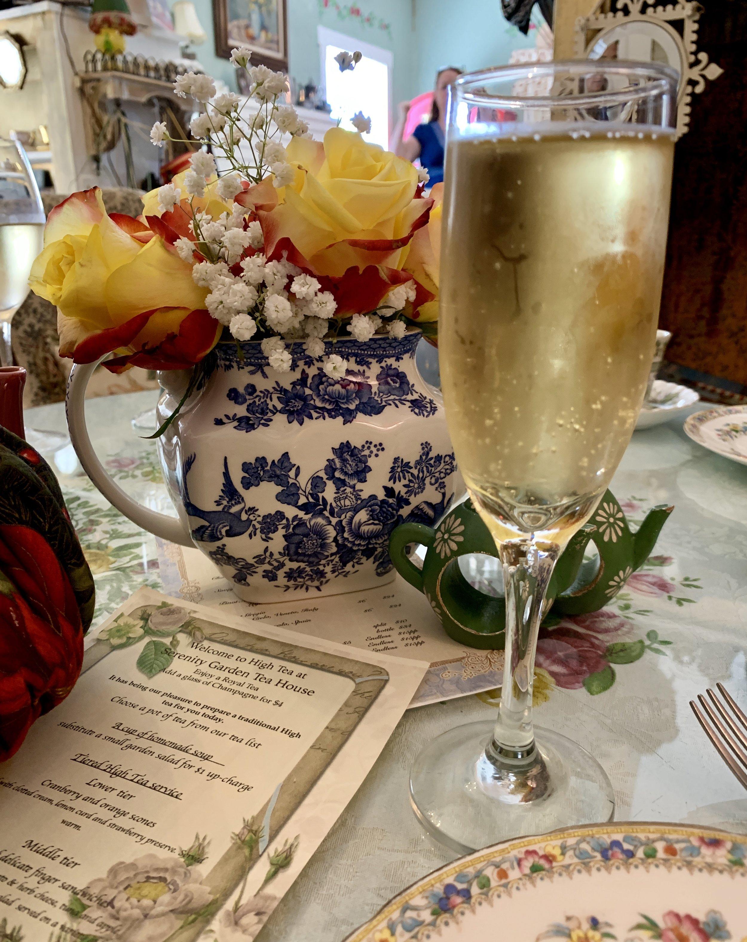 Serenity+Garden+Tea+House+Royal+Tea.png