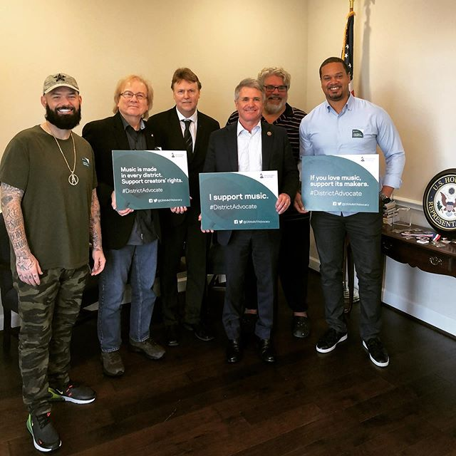 Today was a great opportunity joined with @paulwallbaby Danny Jones, Neil Crilly and @barrycoffing to meet Texas Rep Michael McCaul as a members of the @recordingacademy advocating for issues that are important to Producers, Musicians, Songwriters, and Artists for #DistrictAdvocate #SupportMusic