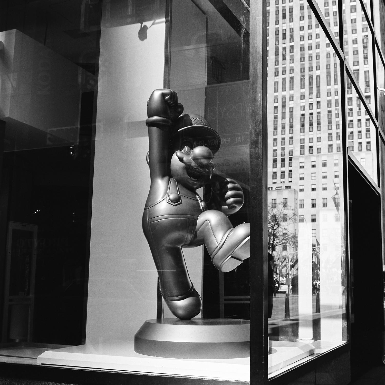 146-new-york-black-and-white-film-rolleiflex-28-e.jpg