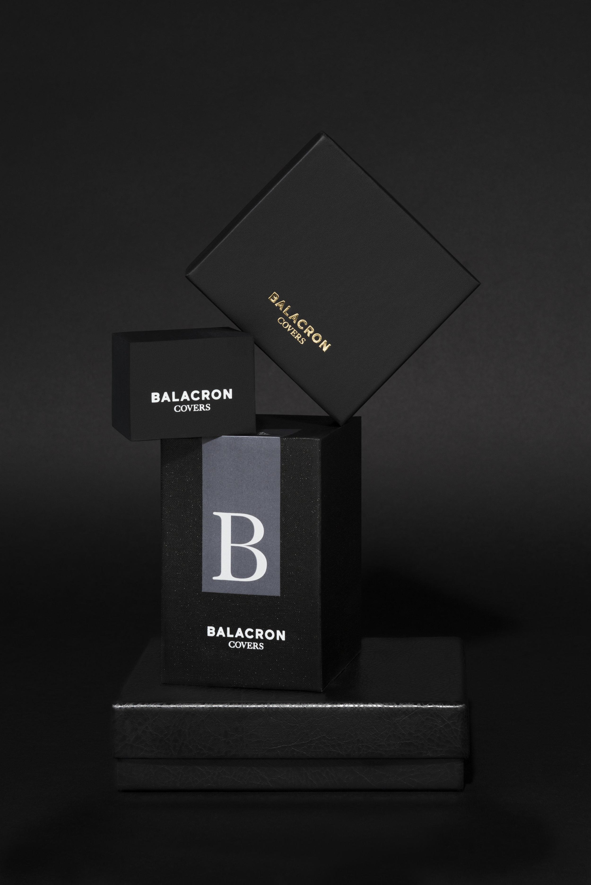 BN_boxes_black_flat_1.jpg