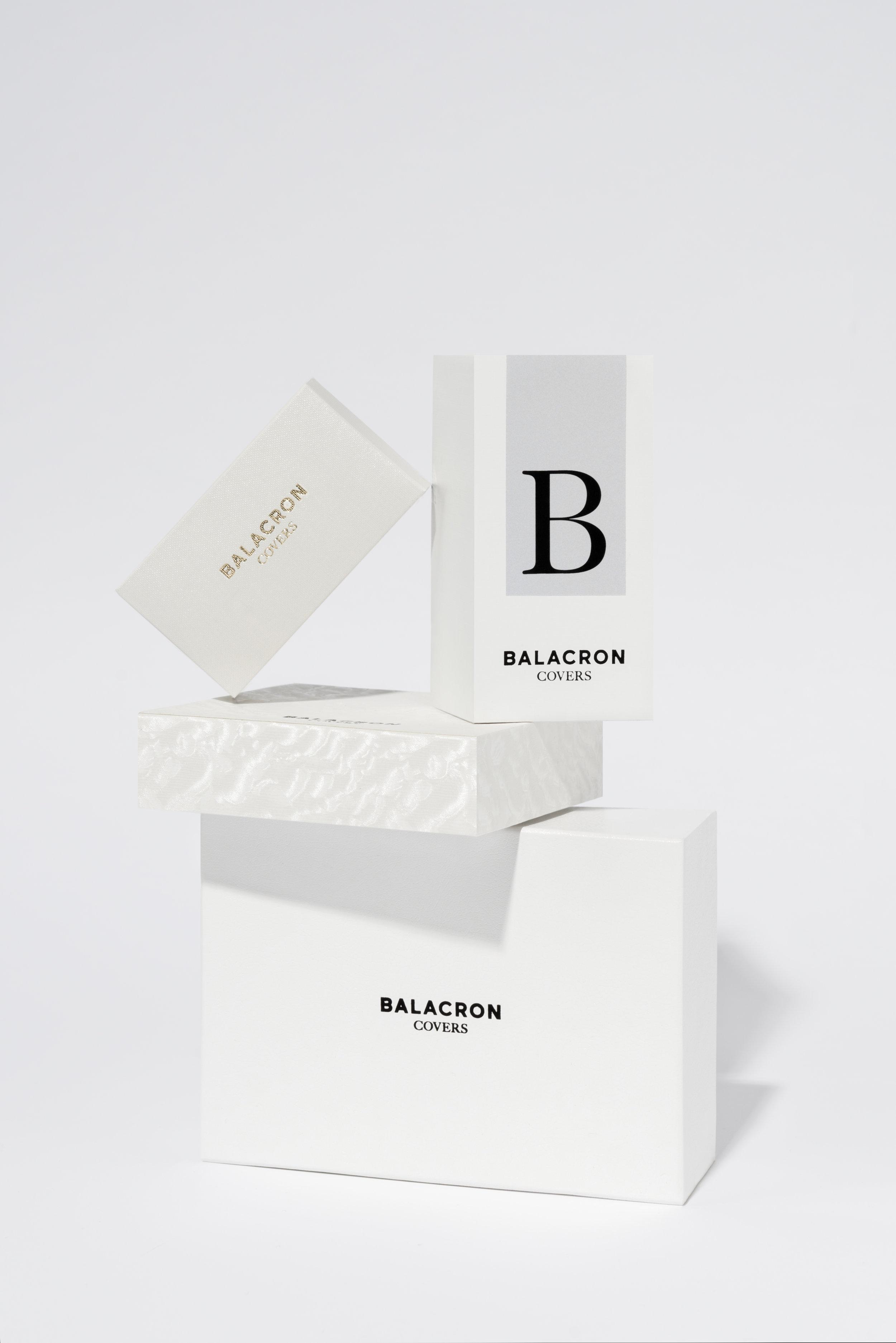 BN_boxes_white_flat.jpg