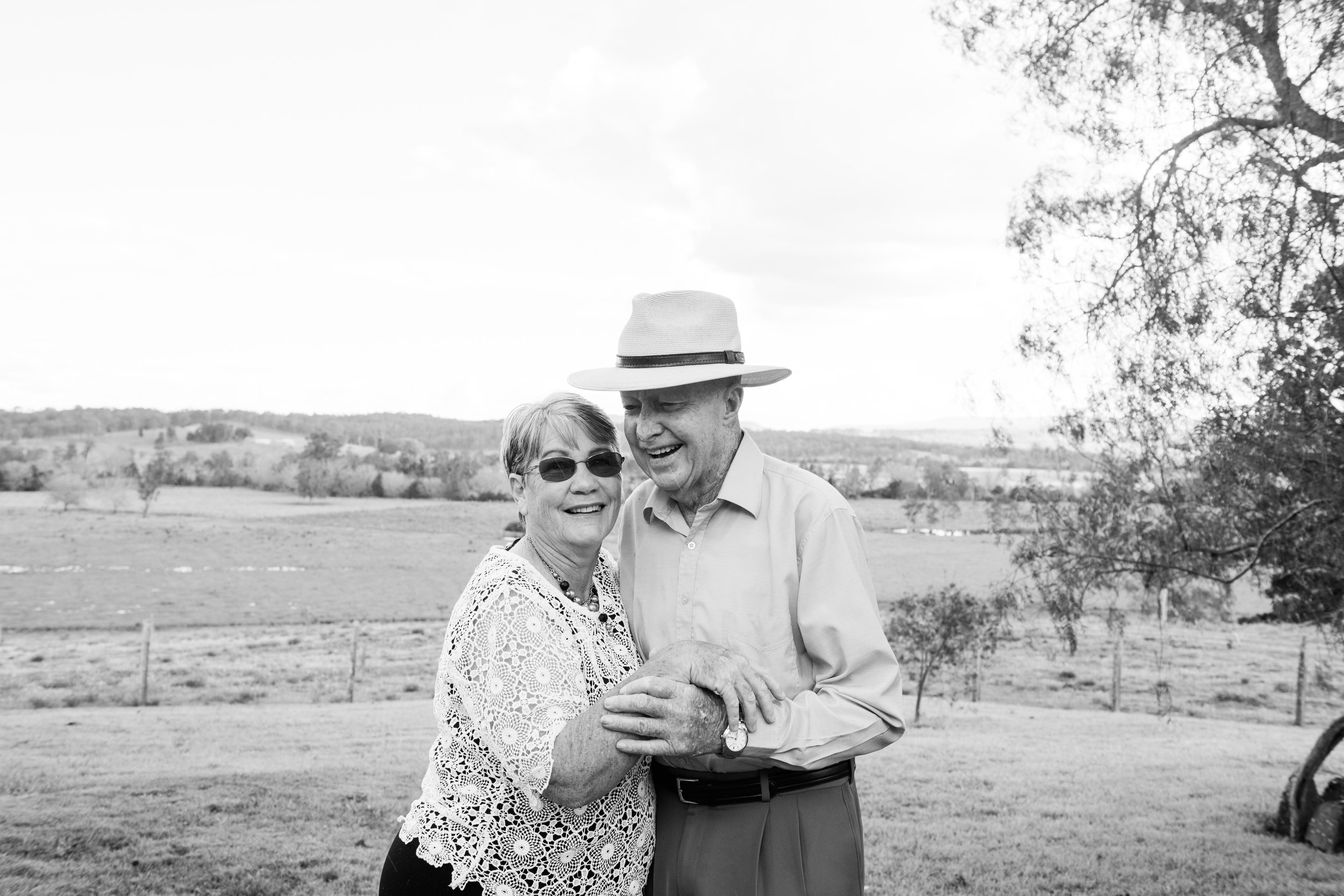 Hogan Family Byron bay wedding photographer Tweed heads wedding photographer and family photographer  Cabarita Beach-203.jpg