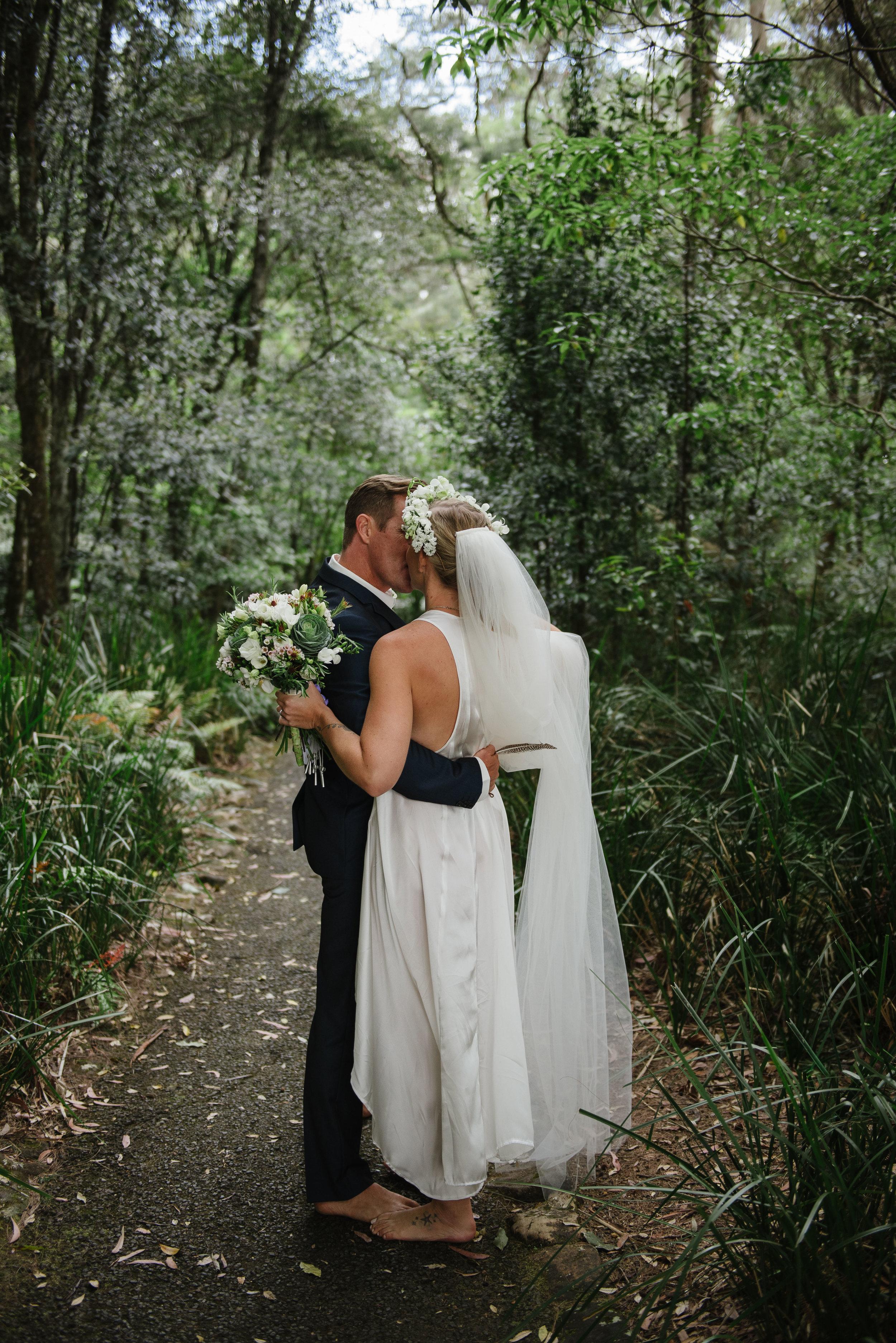 Carla and Luke- wedding photographer, byron bay wedding and family photographer, tweed heads wedding and family photography-325.jpg