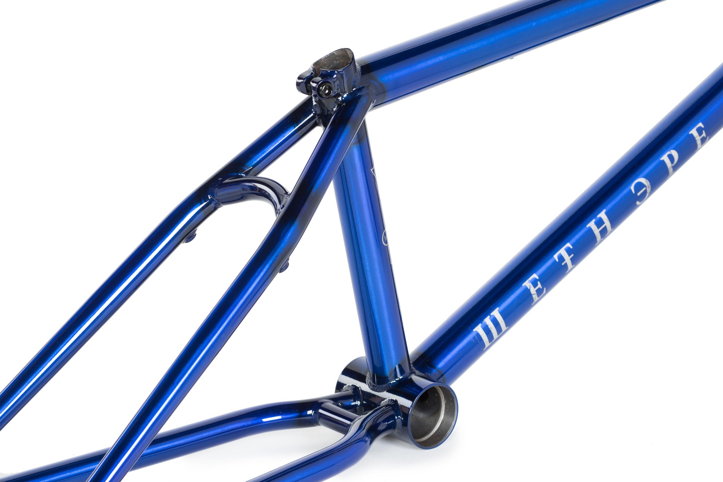 WTP_frames_Patron_blue_07.jpg