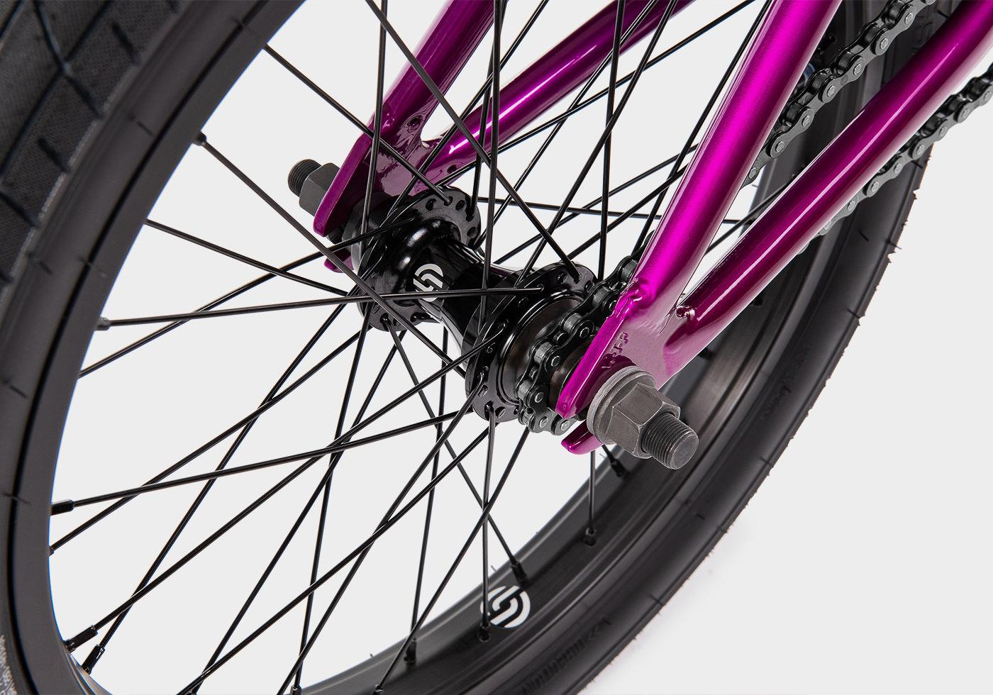 WTP_MY20_website_detail_gallery_CRS_18_metallic_purple_02_1400x980.jpg