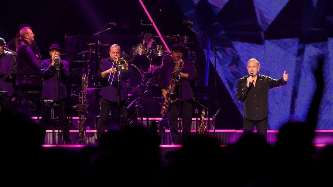 Neil diamond tours europe