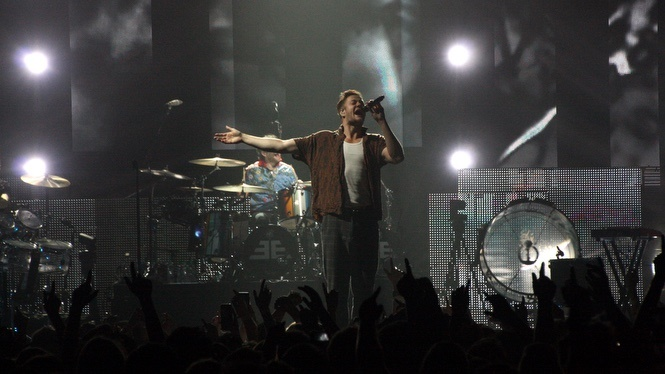 Imagine dragons perform at the manchester arena, UK