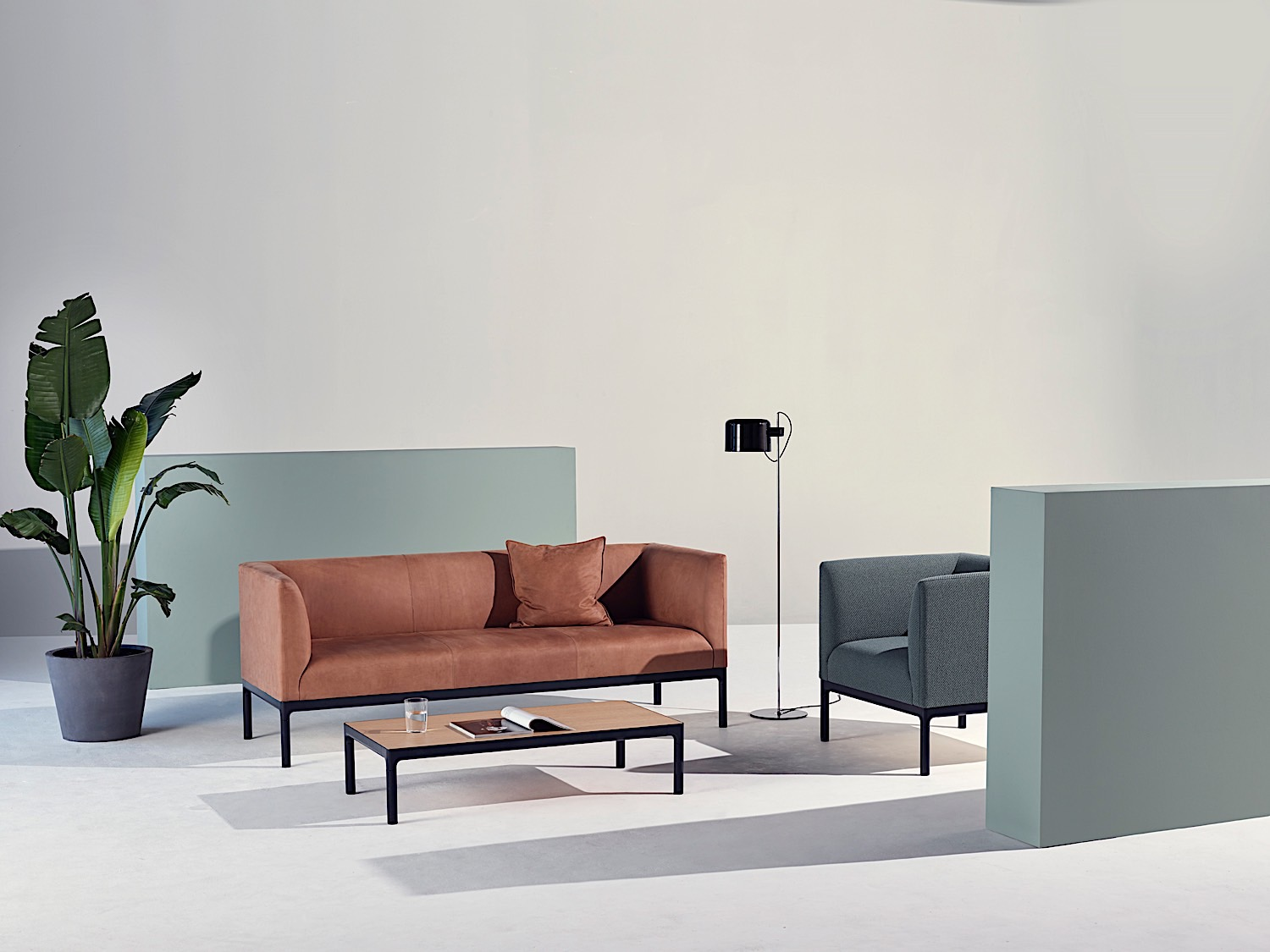 Edge Public Sofa Chair Coffee table_