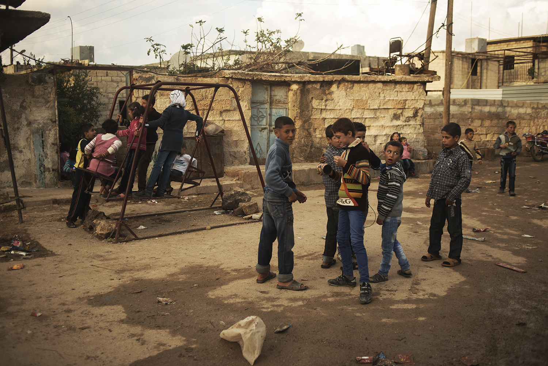 A'zaz,Syria. 2012   ©    Go Nakamura     photography