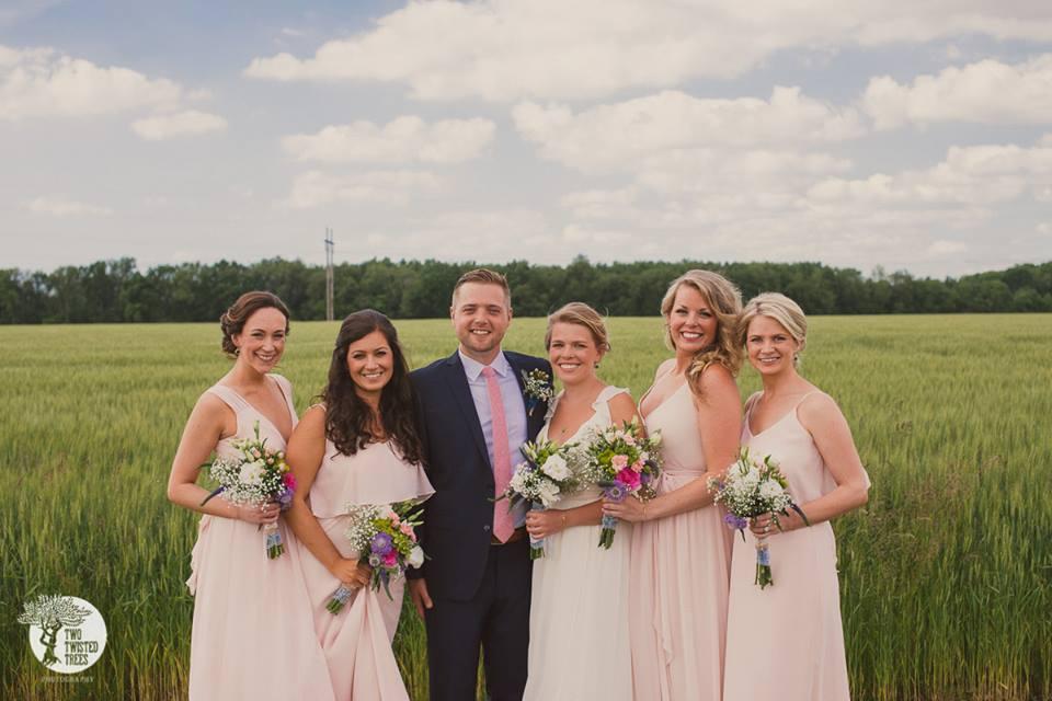 pale pink and navy wedding.jpg