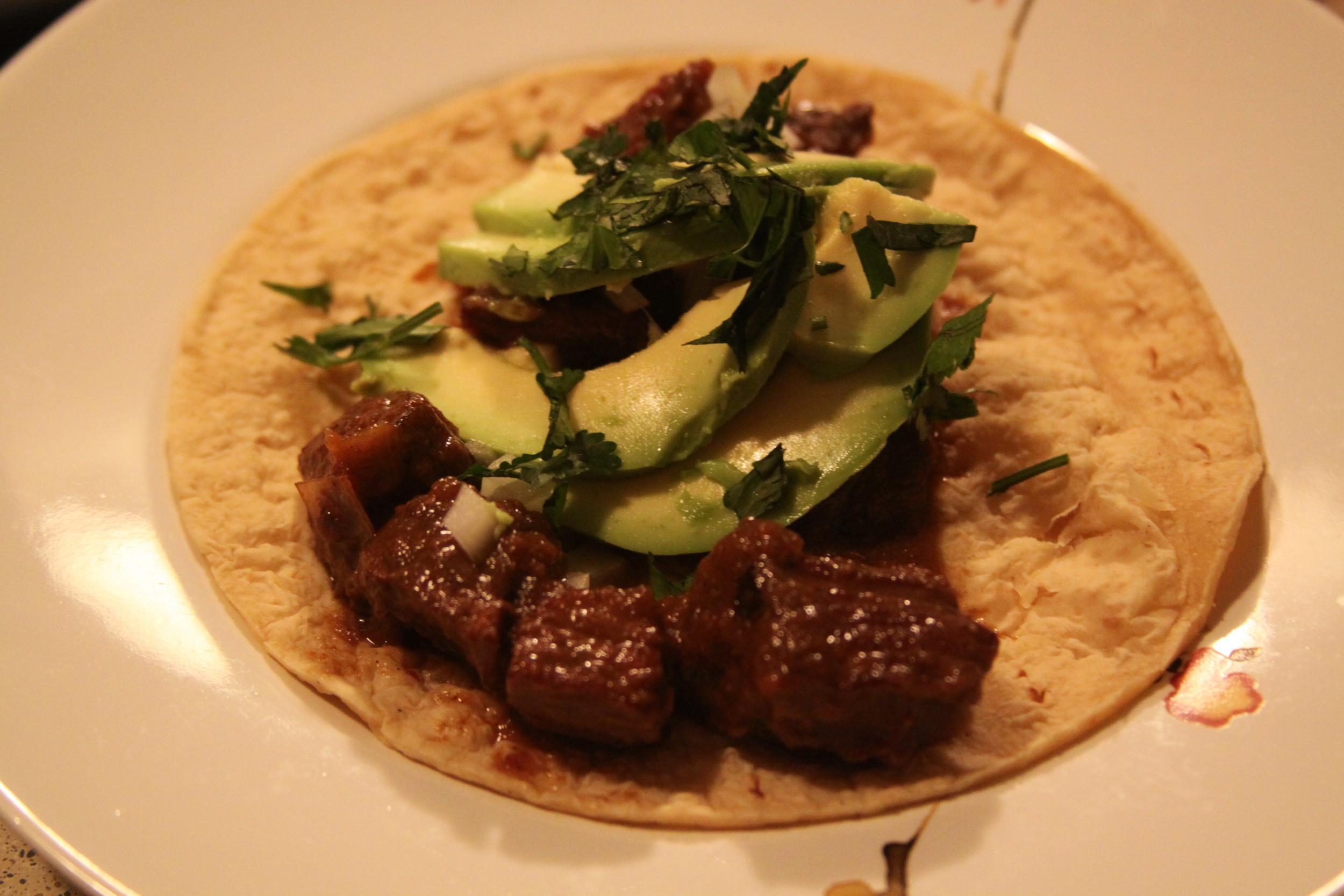 Elk guisada tacos
