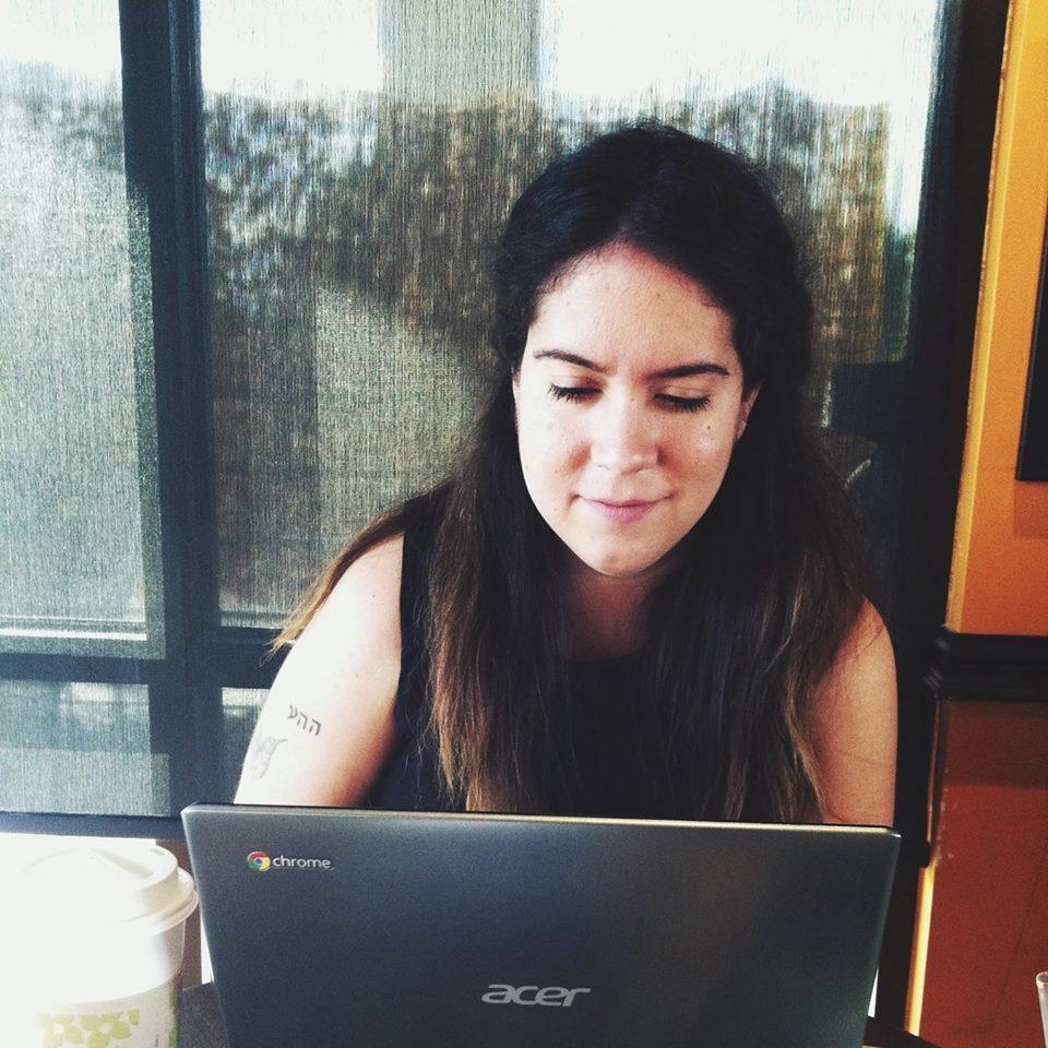 Manuela Williams  - writer, writing coach, multipassionate