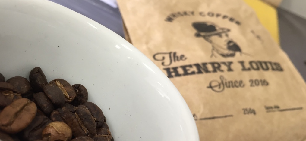 The Henry-Louis: um autêntico whiskey barrel coffee