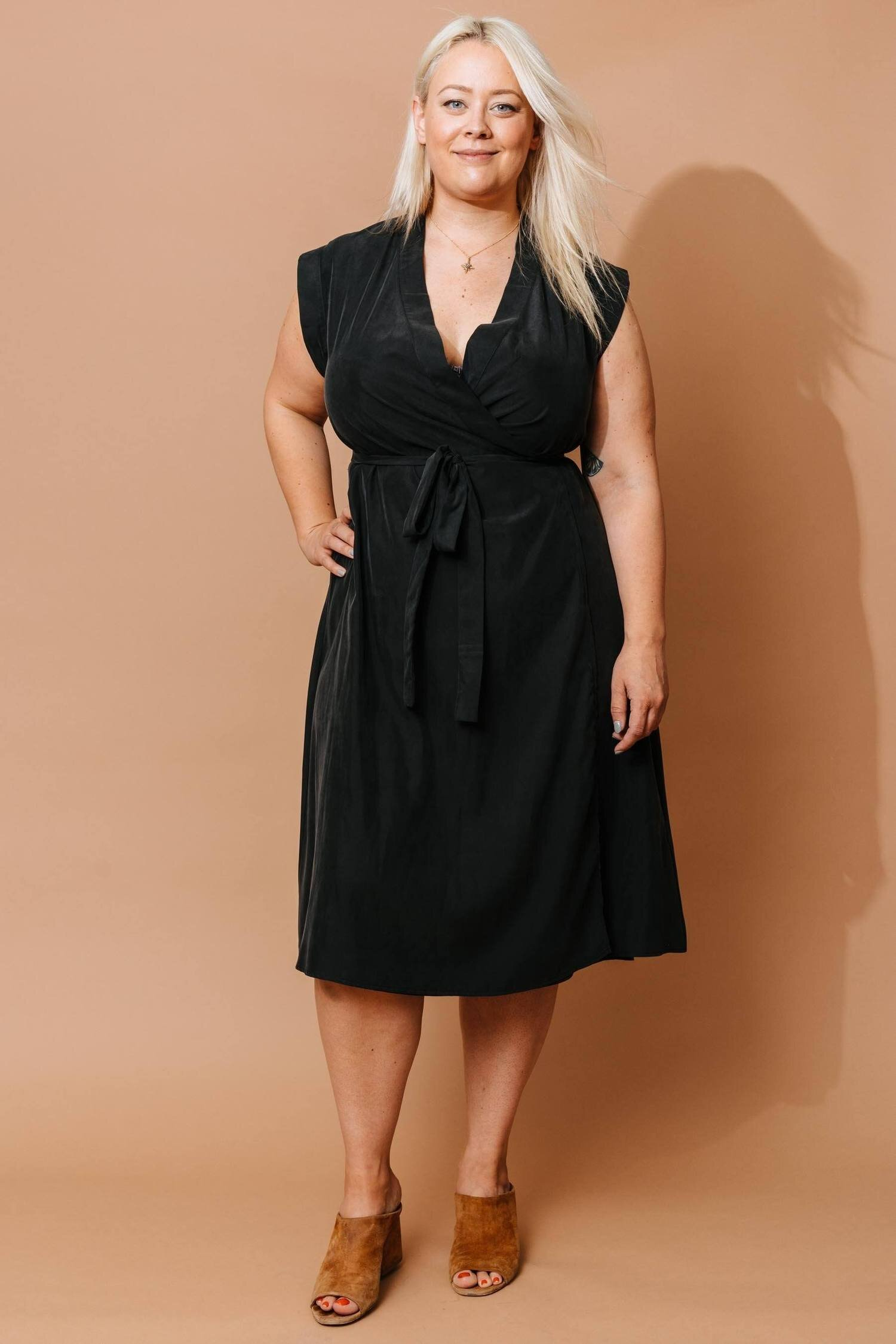 altar-black-wrap-dress-apparel-altar-603331_1500x.jpg