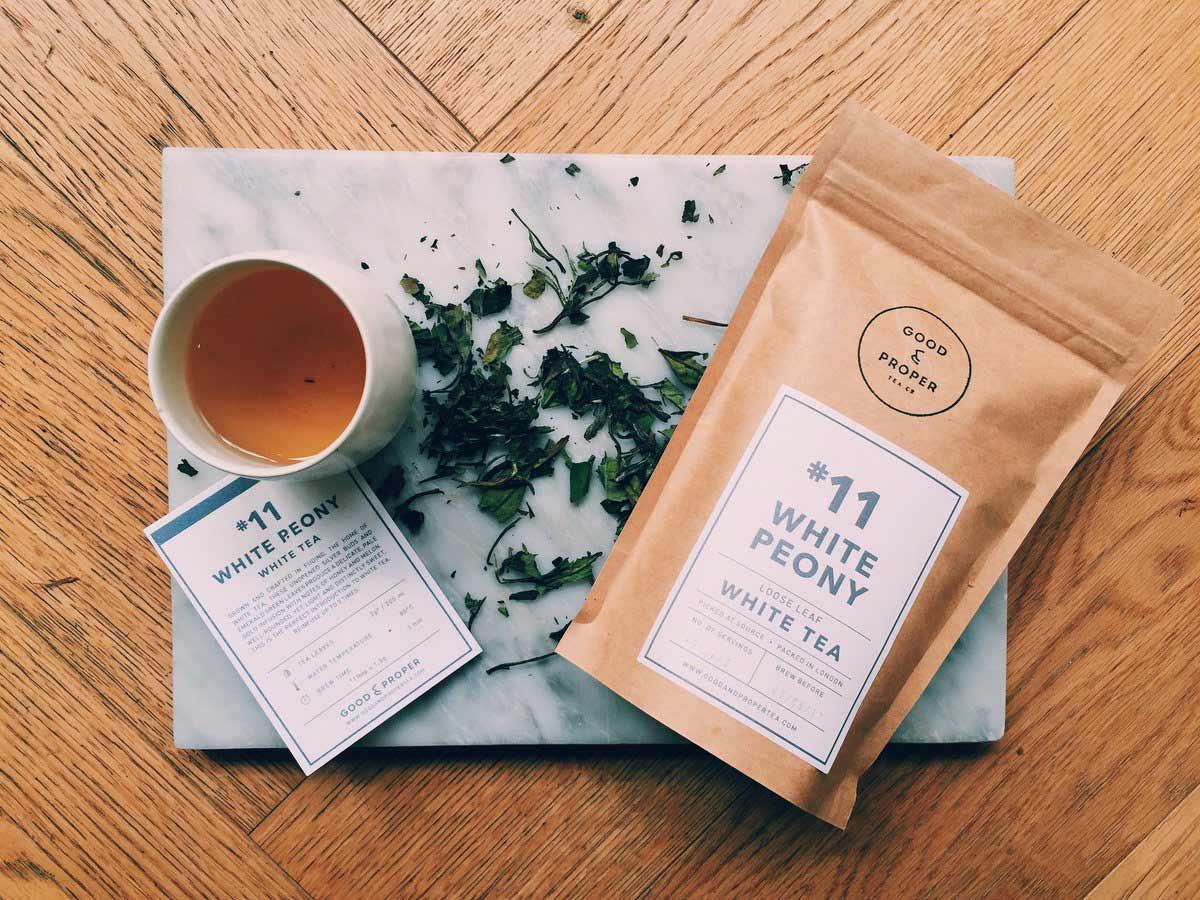 White loose leaf tea