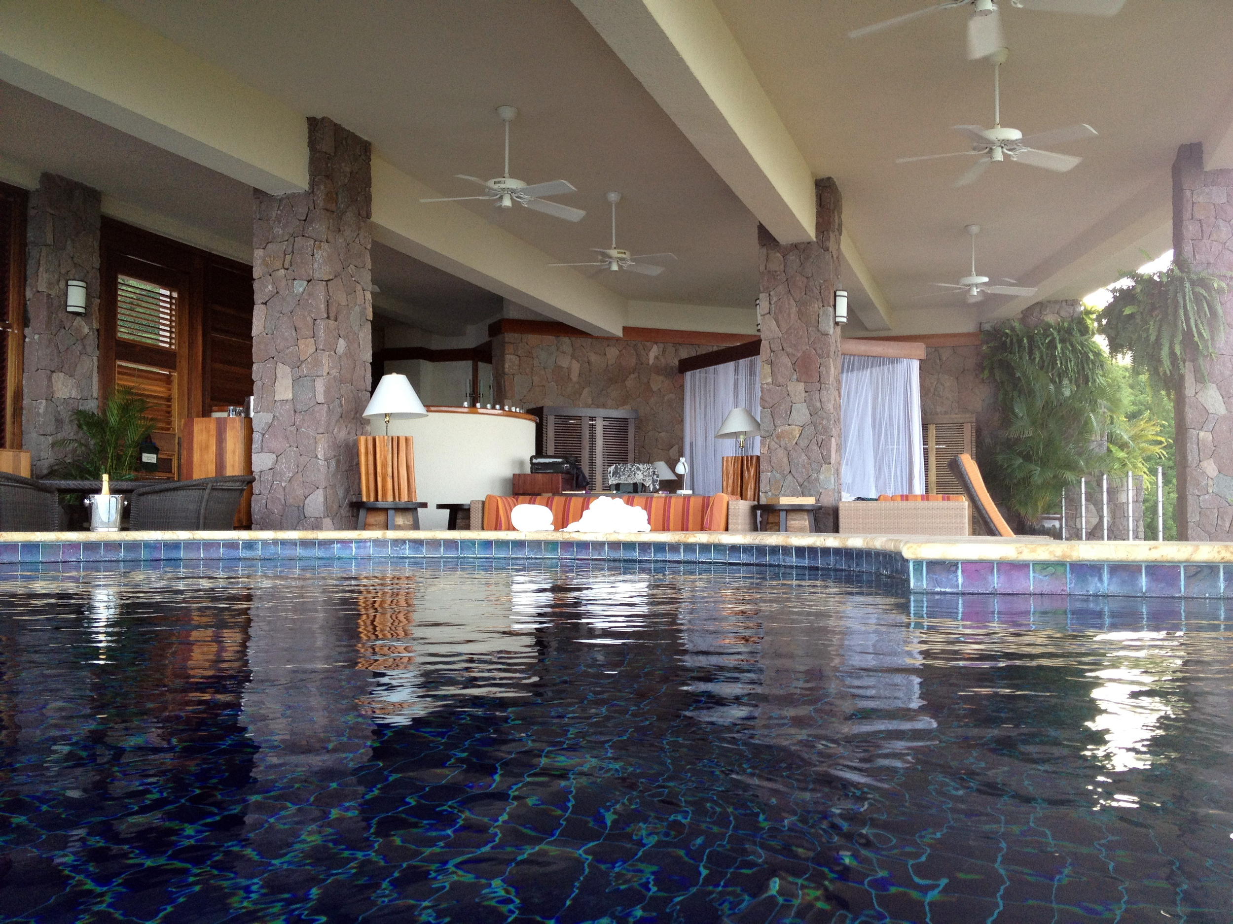 The infinity pool in Galaxy Suite at Jade Mountain Resort
