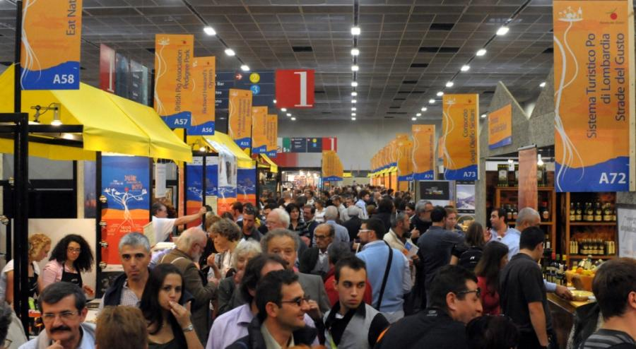 Some of the 250 thousand visitors at Salone del Gusto