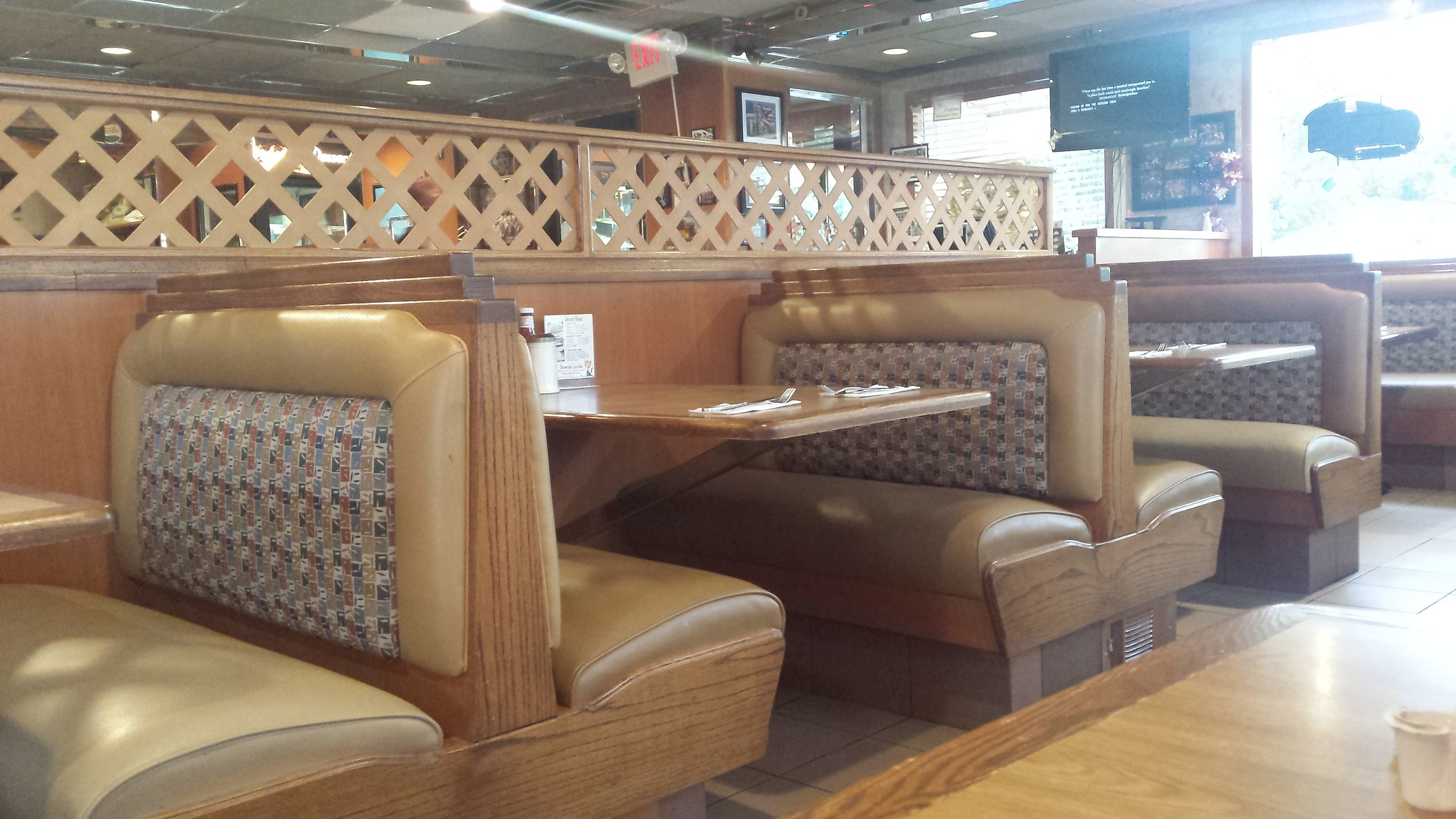 Inside the Yellow Rose Diner in Keyport