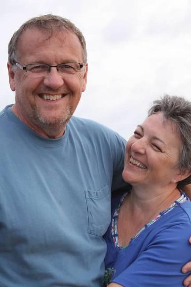 Jim and Robin at the beach... again!