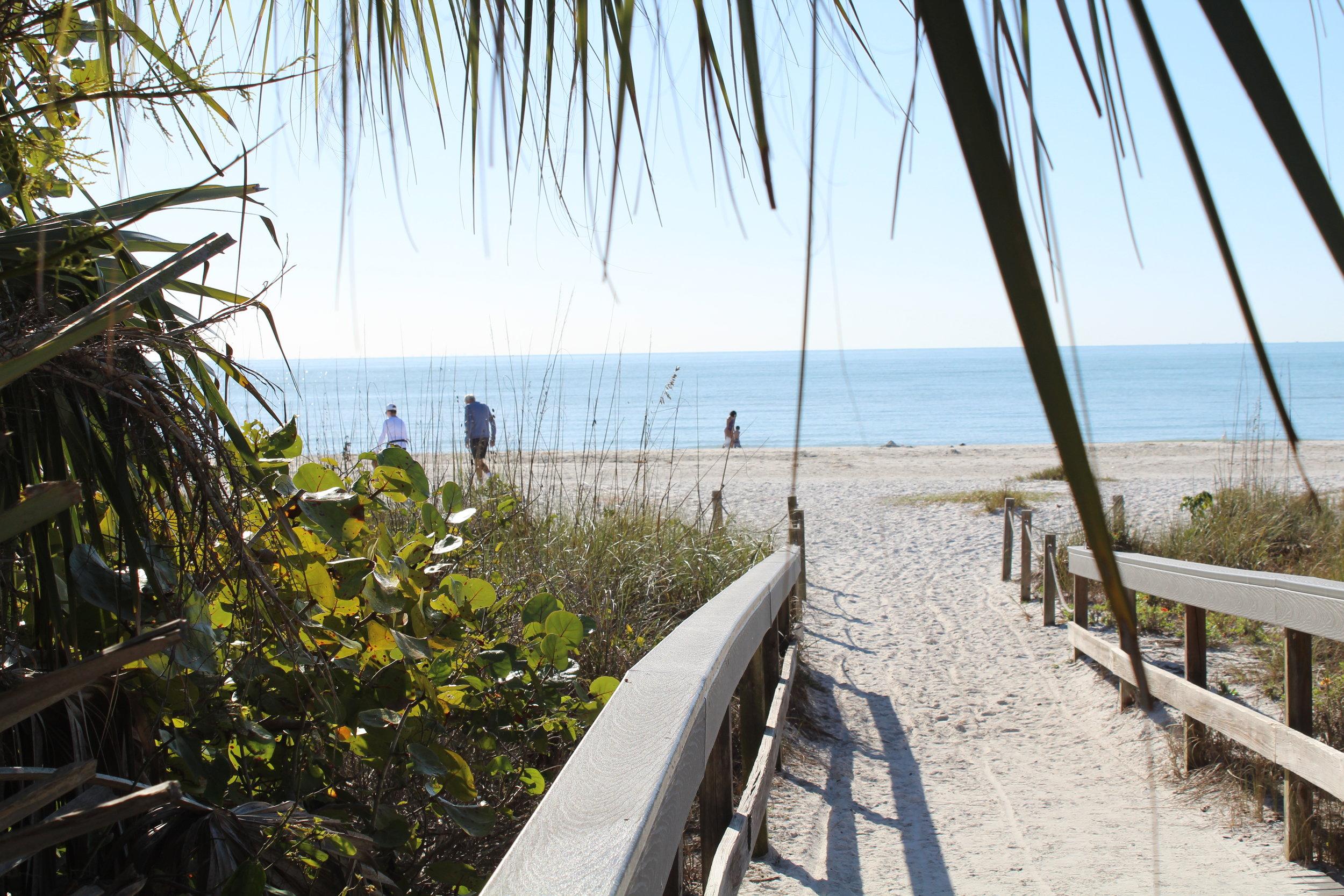 Beach walkover from the neighborhood