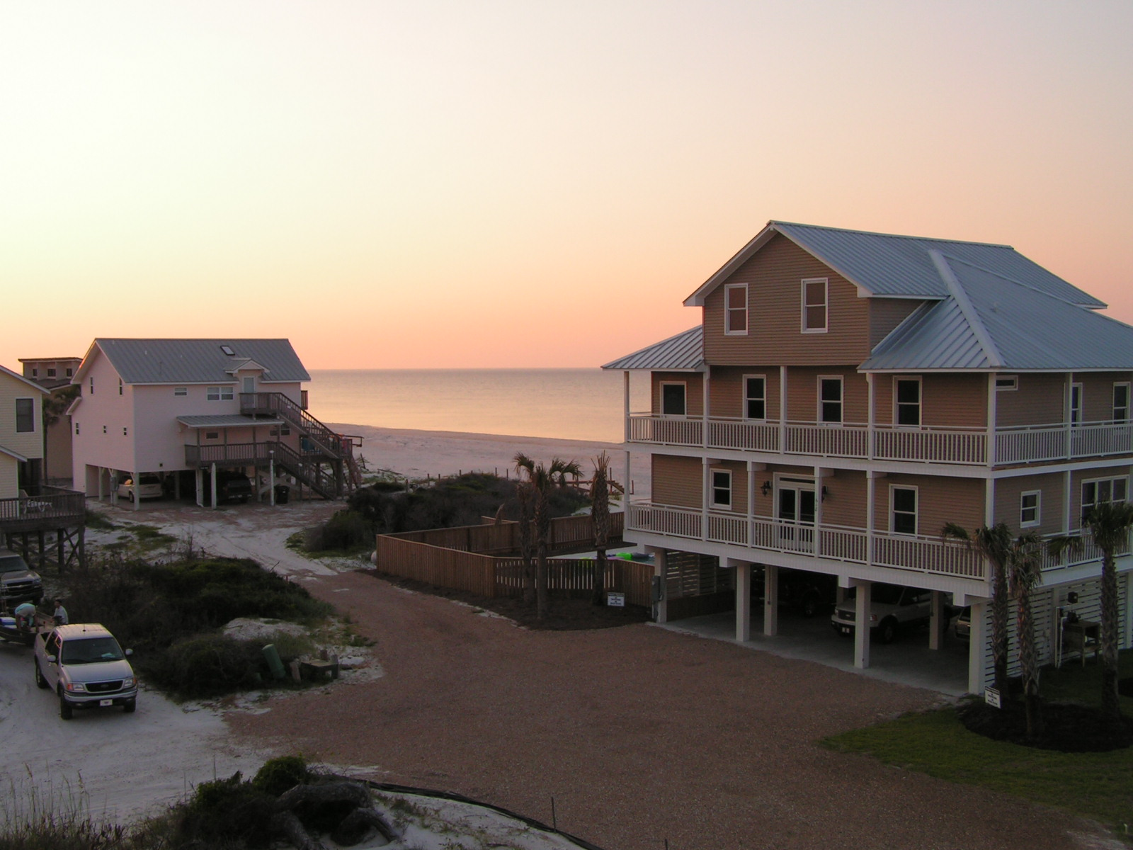 St. George Island offers many beach houses for rent - large or small on the Gulf of Mexico or Apalachicola Bay.