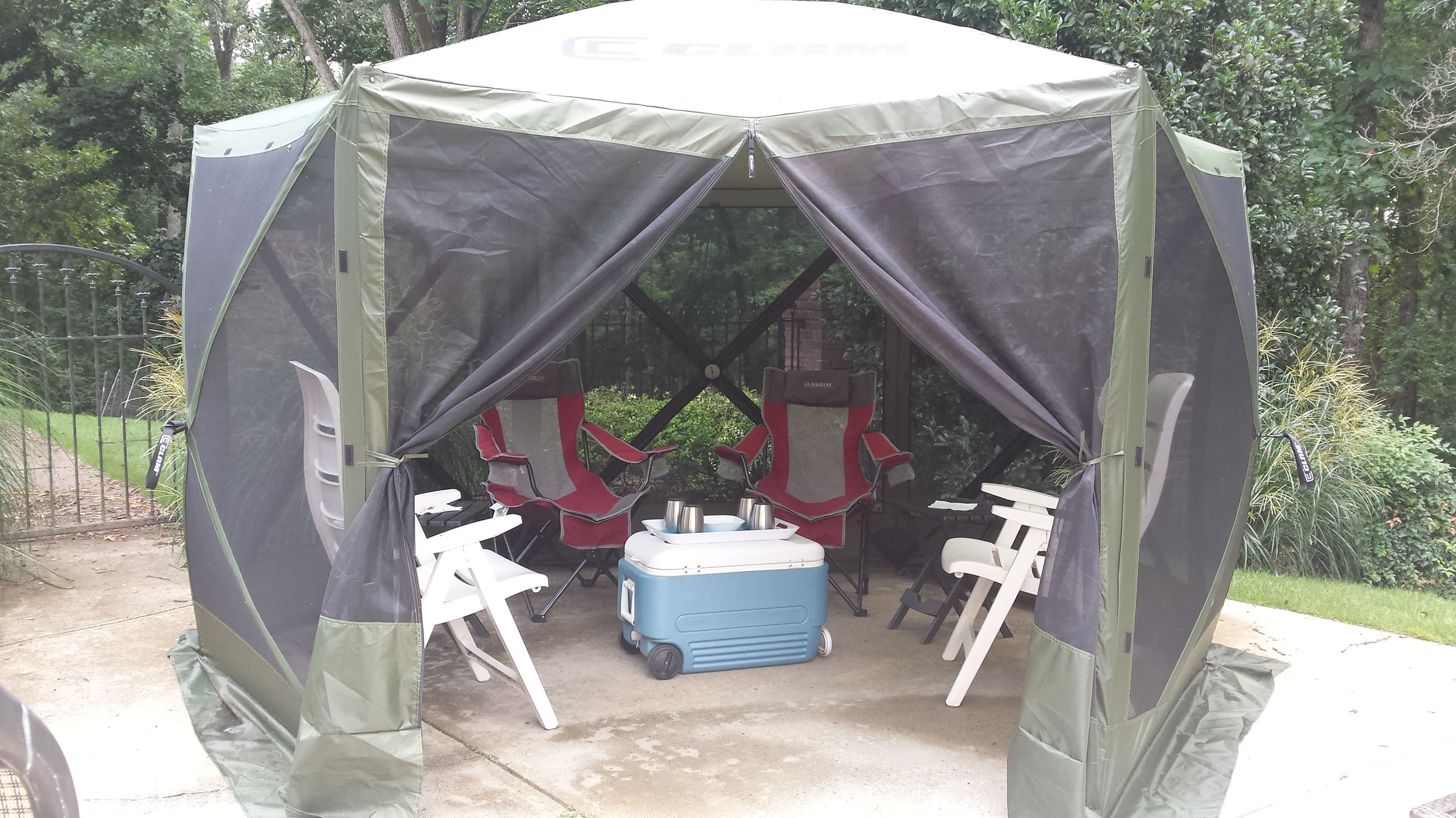 The Clam Screen Room Escape model is large enough for 4-6 chairs and a few side tables.