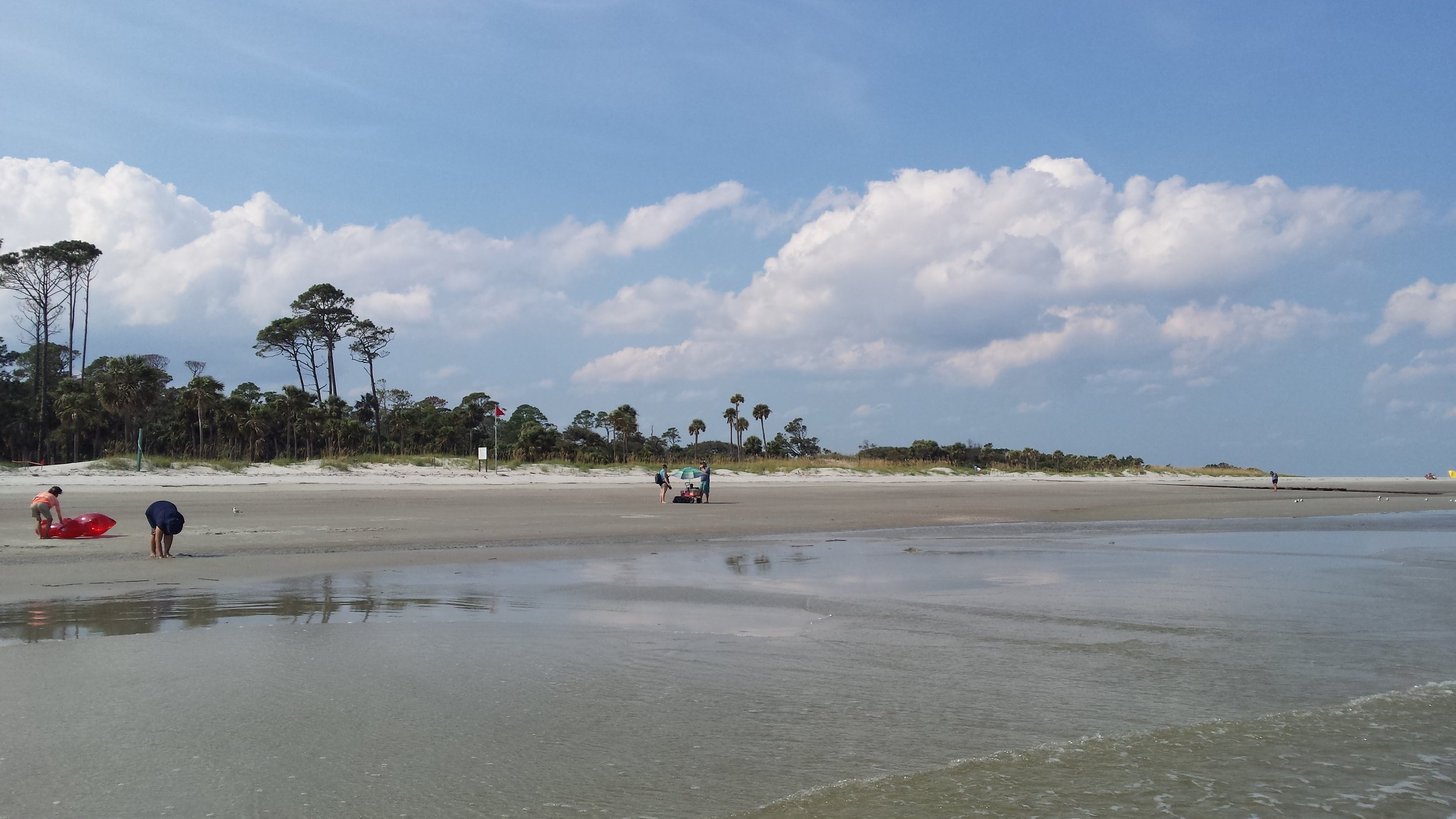 Wide beach on Hunting Island near Beaufort, SC