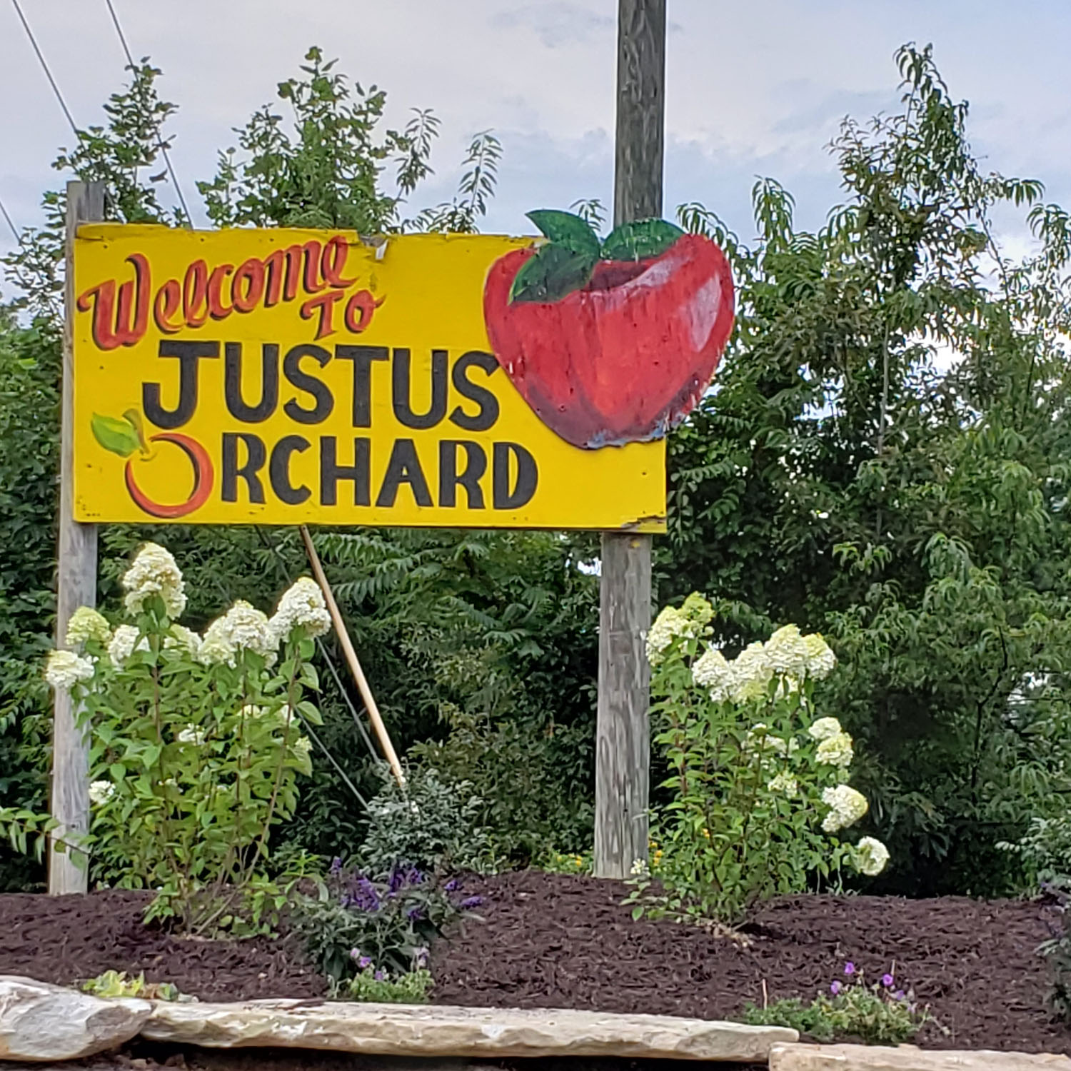 justus-orchards-sign.jpg