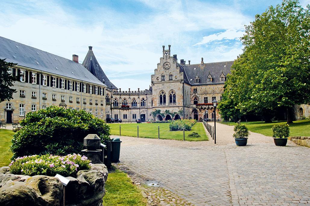 15361382873241_Muensterland-Bad-Bentheim_Burg-_Donau-Touristik_Muensterland-e.V.jpg