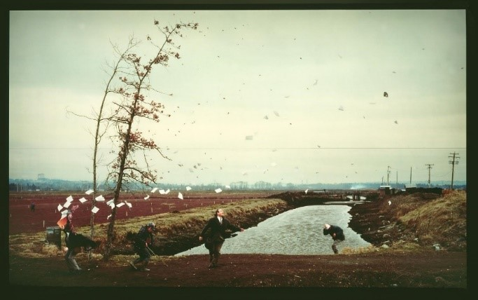 Jeff Wall, A Sudden Gust of Wind (After Hokusai), 1993, 2500mm x 3970mm x 340mm, Transparency on Lightbox, Tate, London