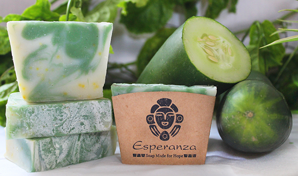 Caribbean Cucumber Aloe - Made with Aloe gel,  Cucumber water and  peppermint essential oils. Made in the DR.