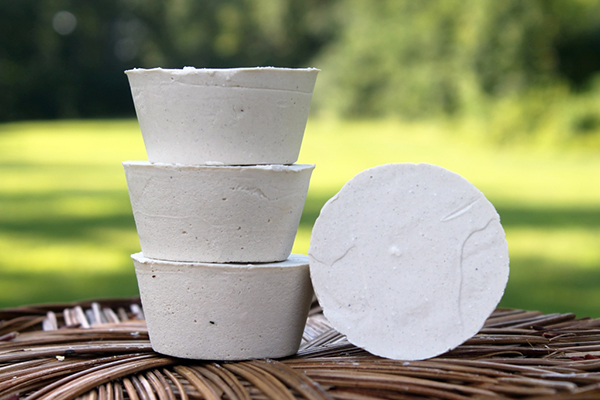 Shaving Soaps - Soap with clays and extra coconut oil for an abundant, smooth lather. Essential oils of cedar and pine. Made in the US & DR.